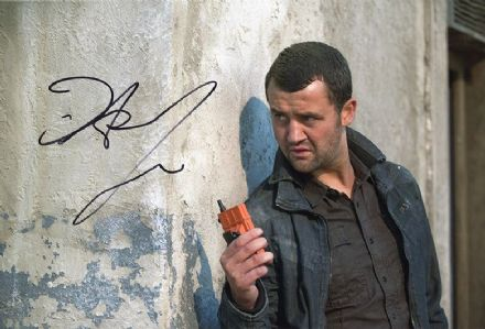 Daniel Mays, English actor, signed 12x8 inch photo.